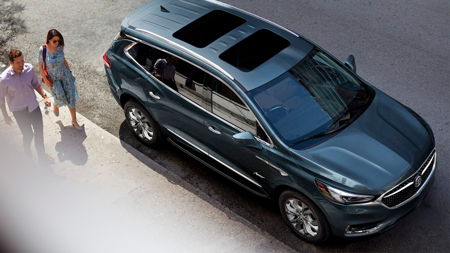 La SUV de Buick destaca por su estilo lujoso y funcionalidad, además de un manejo dinámico que no descuida el confort