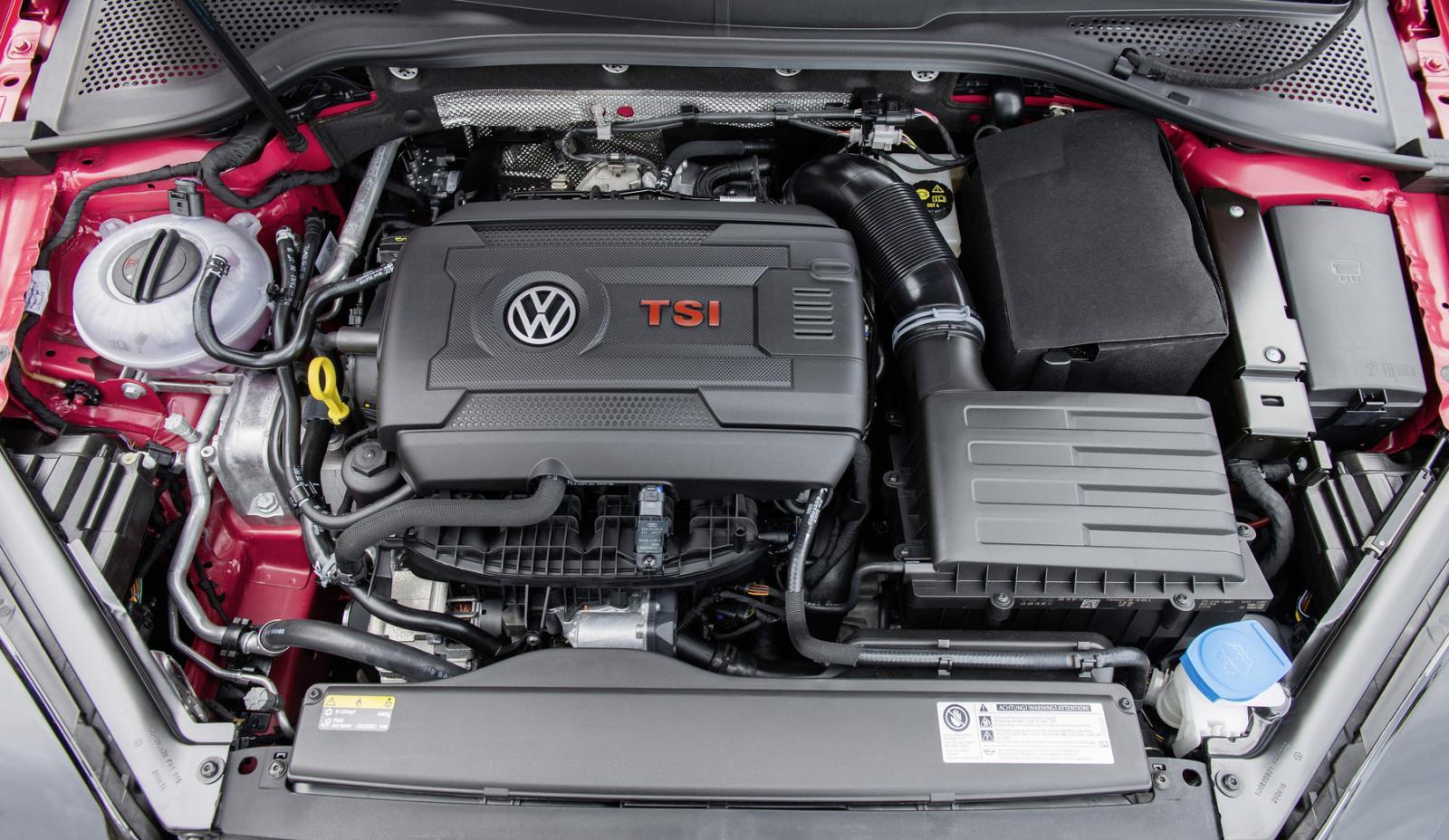 Volkswagen Golf GTI precio 7
