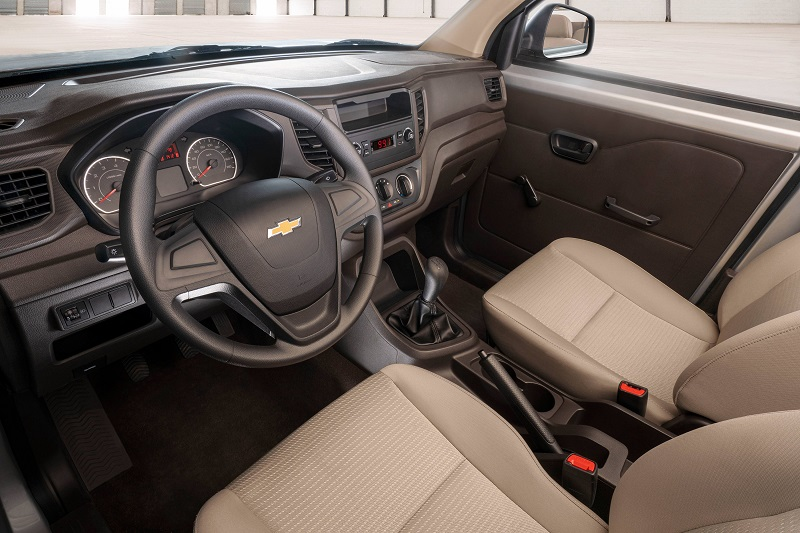 Chevrolet Tornado Van 2022 interior tablero