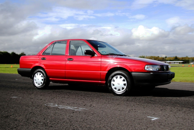 Los 5 sedanes usados más populares en Automexico en 2020 - Nissan Tsuru