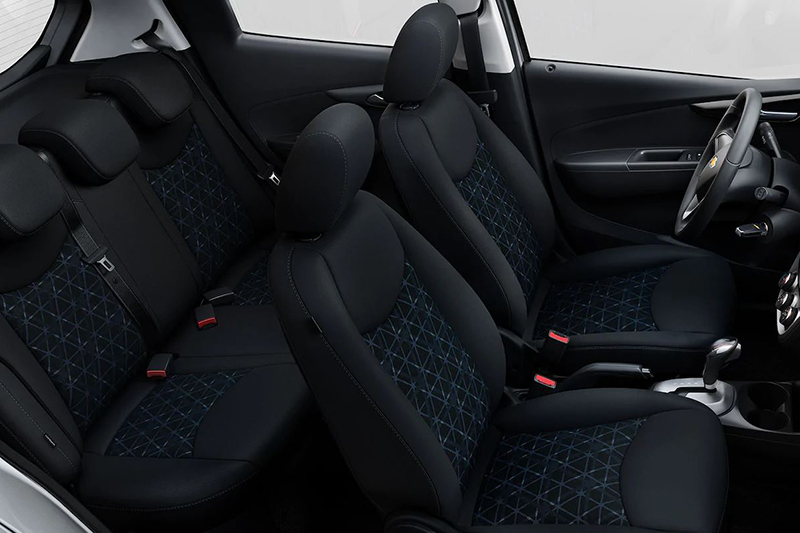 Chevrolet Spark 2021 interior