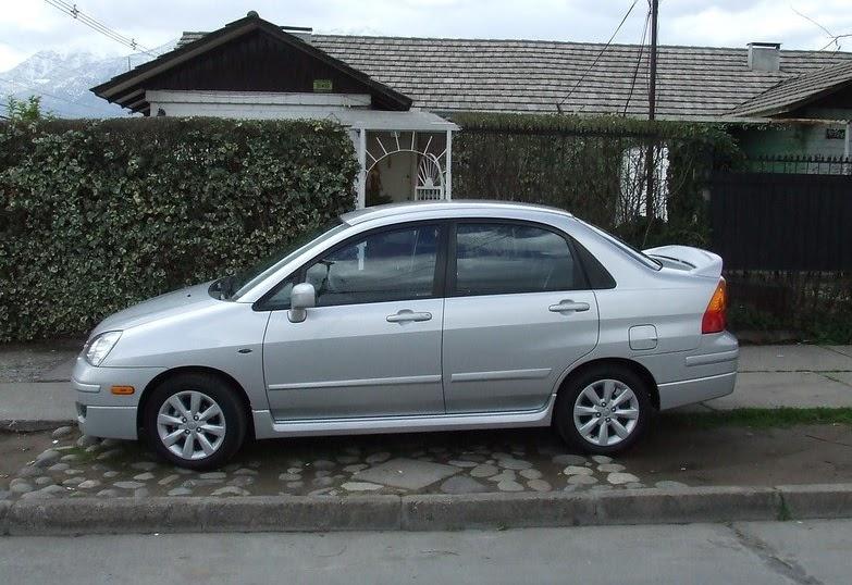 Suzuki Aerio en venta 2