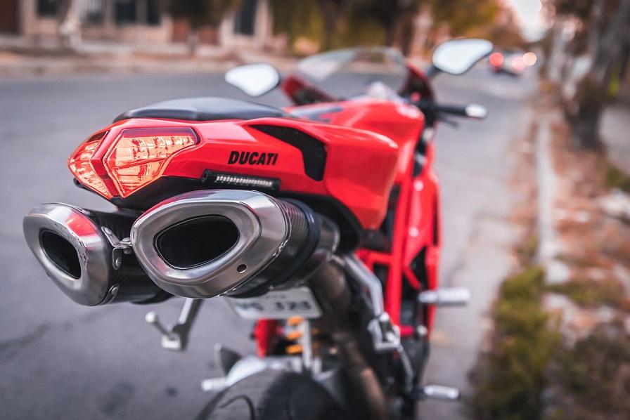 Ducati va por los combustibles sintéticos en lugar de motores eléctricos