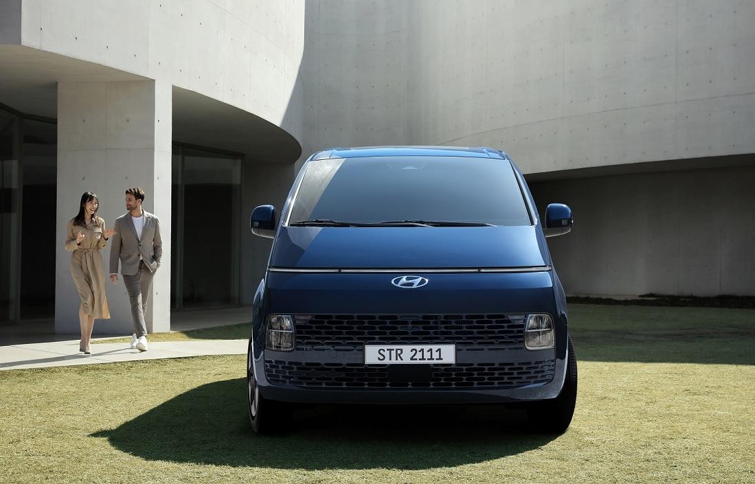 Hyundai presentó oficialmente la Staria