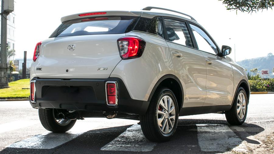 Es una SUV moderna y económica que ofrece lo básico para la movilidad urbana