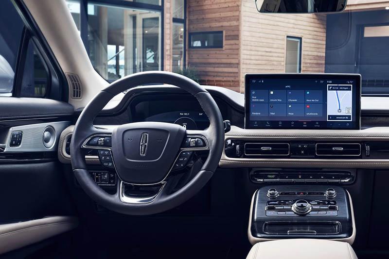 Lincoln Nautilus 2021 interior