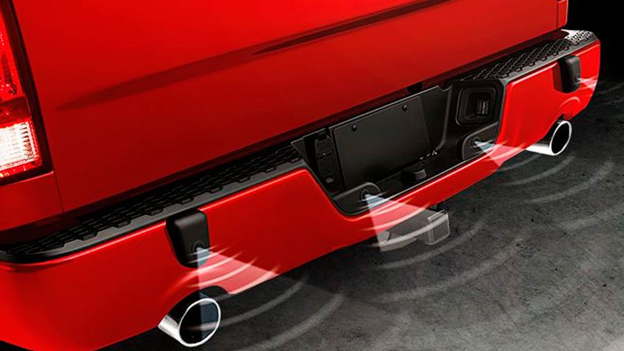 Su sistema de sensores facilita el estacionamiento en la ciudad y zonas estrechas