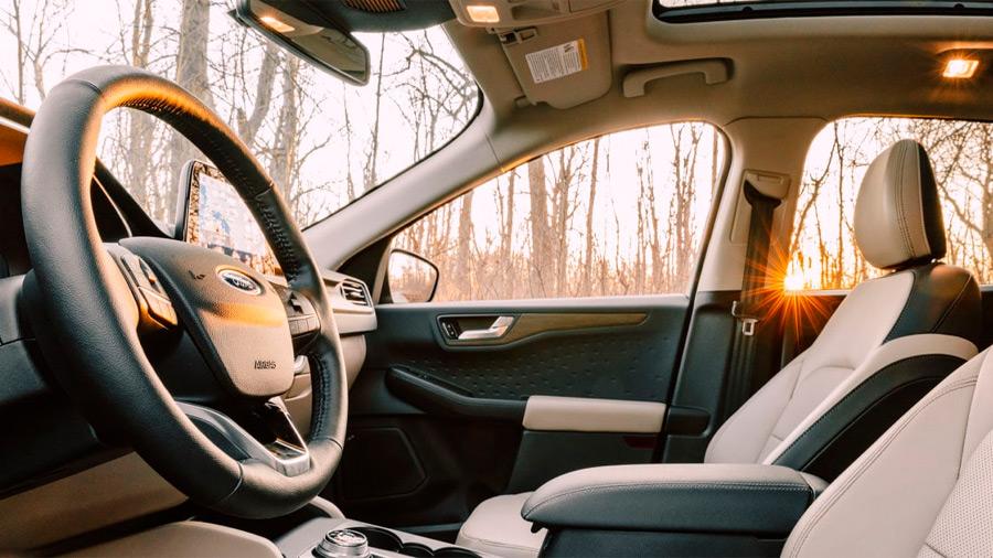 Los asientos frontales tienen tecnología calefactable