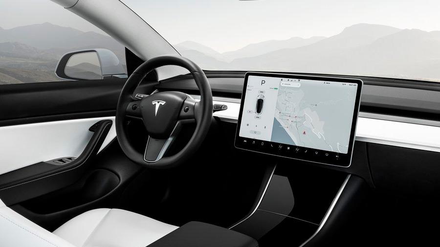 La marca asegura que Tesla Vision ofrece resultados adecuados a la hora de monitorear el entorno