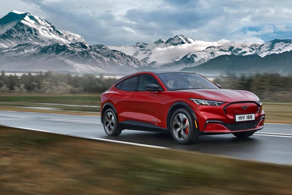 La producción de la Ford Mustang Mach-E supera al Mustang de gasolina