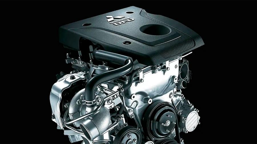 Cuenta con un motor 4 cilindros turbodiésel de 2.4 litros