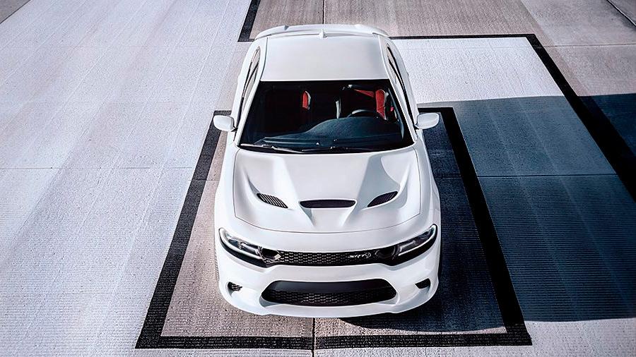 El Dodge Charger Widebody SRT 2021 sobresale por sus múltiples detalles deportivos