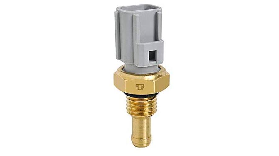 El sensor de temperatura del motor se encuentra colocado en el circuito del líquido refrigerante