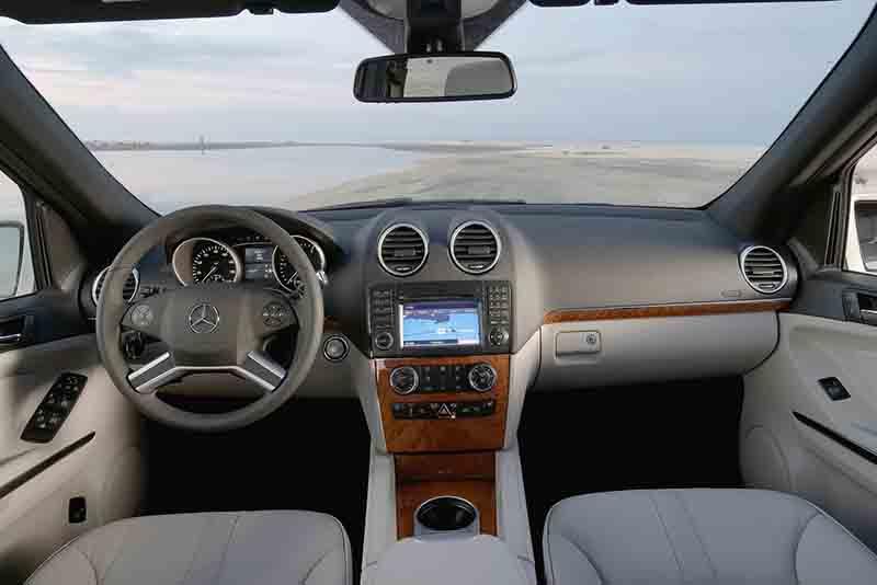 Mercedes-Benz Clase M interior