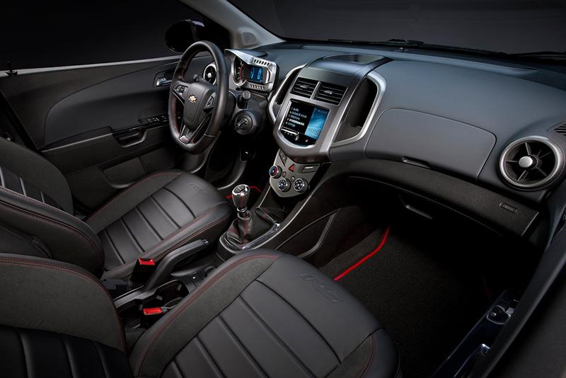 Chevrolet Sonic RS interior