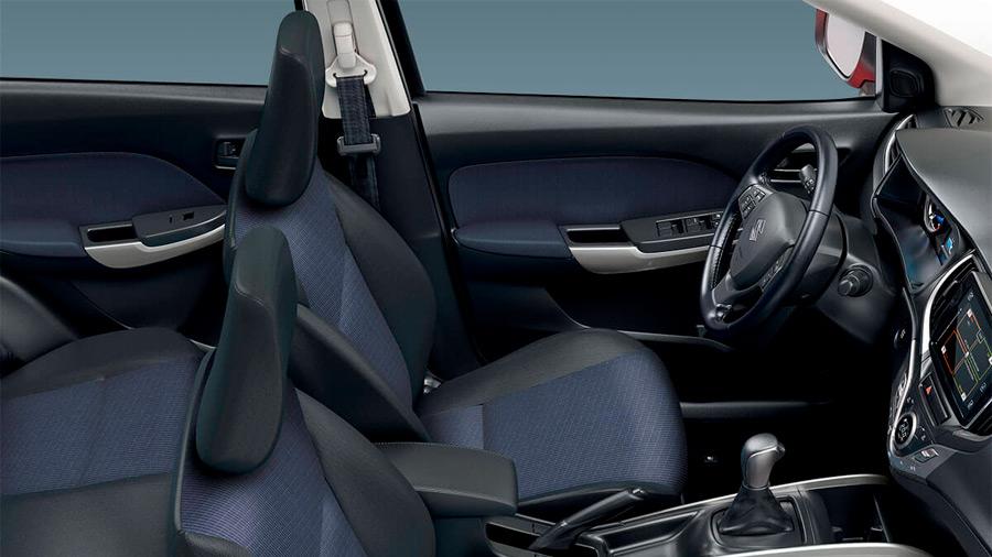 El interior del Suzuki Baleno precio se distingue por su amplitud