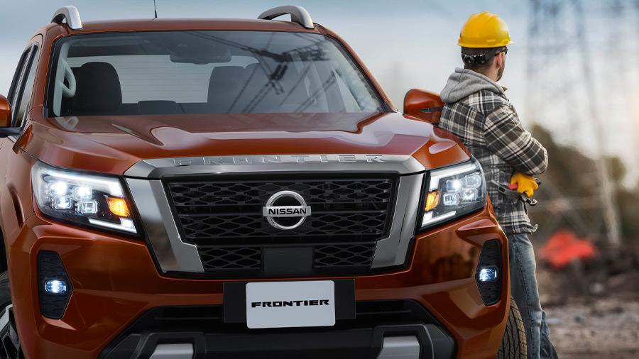 La Nissan NP300 Frontier precio puede ir pintada en 6 colores diferentes