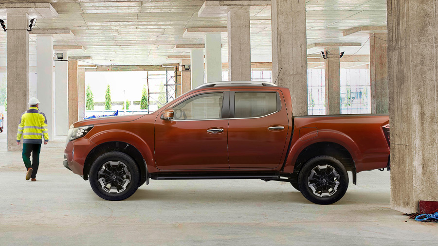 La Nissan NP300 Frontier precio tiene un total de 8 versiones