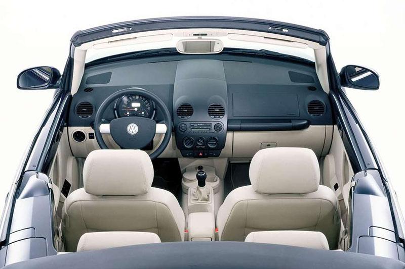 Volkswagen Cabrio interior