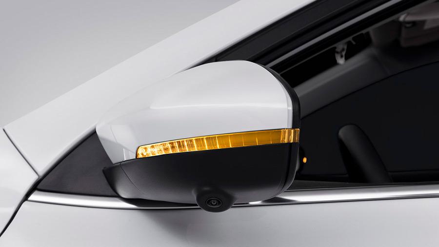 El MG 5 precio se puede comprar con la carrocería en 5 colores diferentes