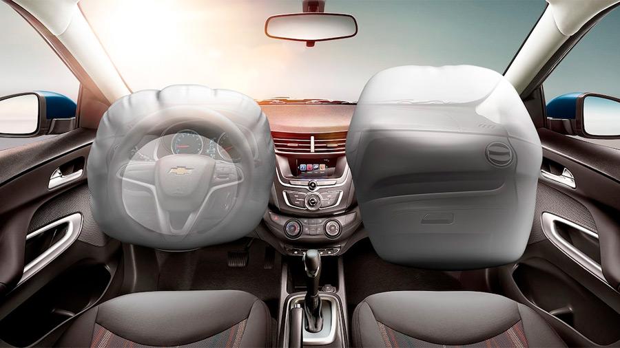 El Chevrolet Aveo LT 2022 solo tiene 2 bolsas de aire