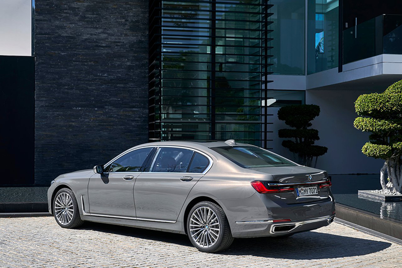 BMW Serie 7 trasero