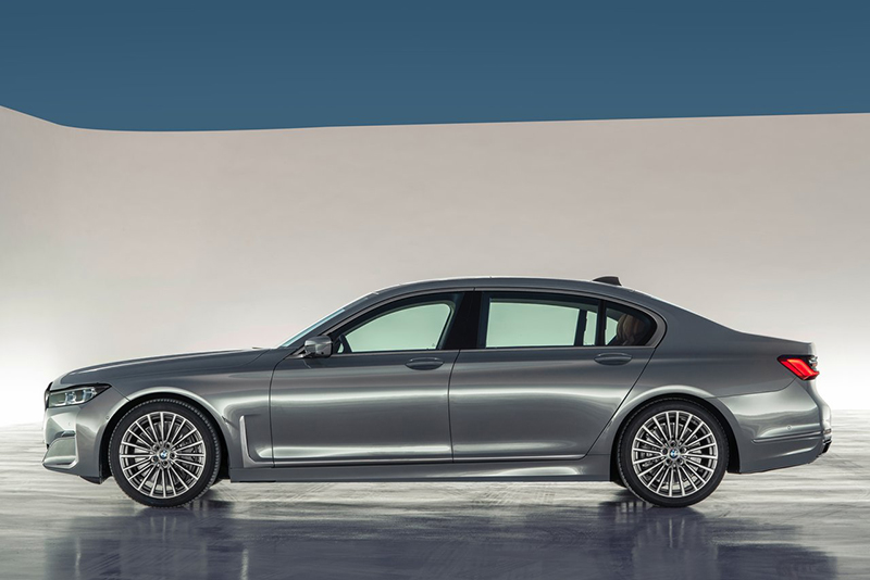 BMW Serie 7 lateral