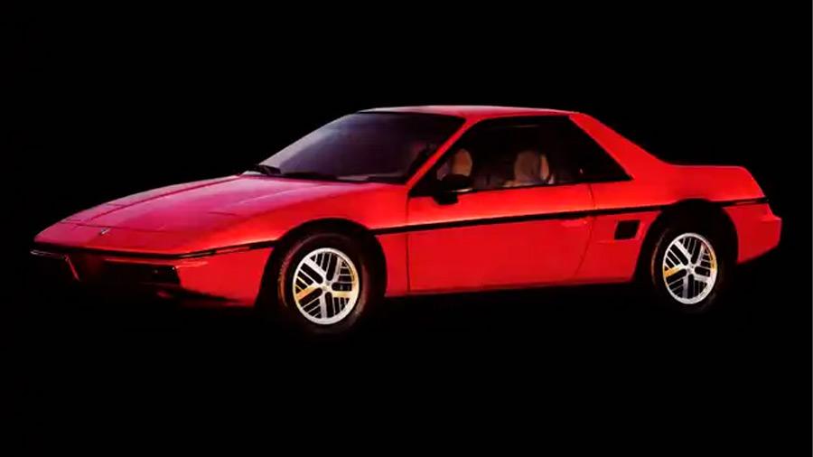 El Pontiac Fiero en venta tiene un diseño deportivo, pero quedó a deber en dicho apartado