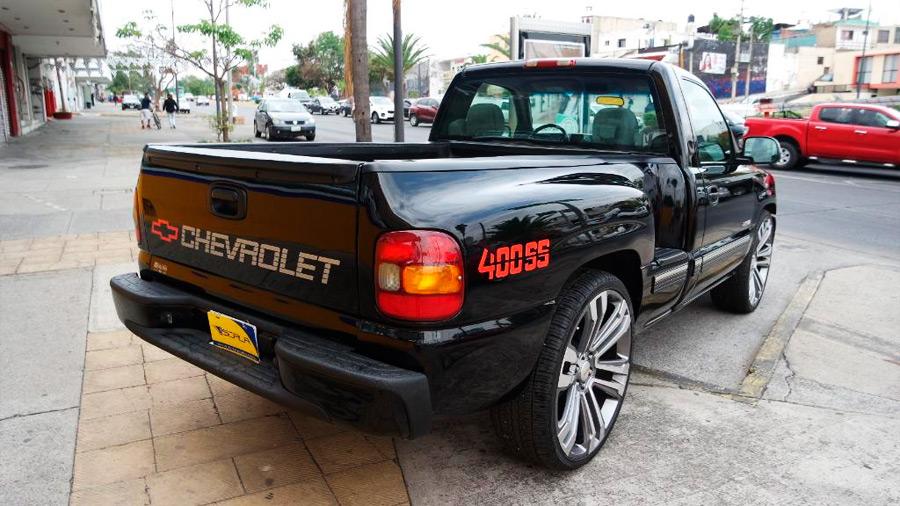 La Chevrolet 400 SS en venta es una pick-up con un diseño seductor y un manejo poderoso