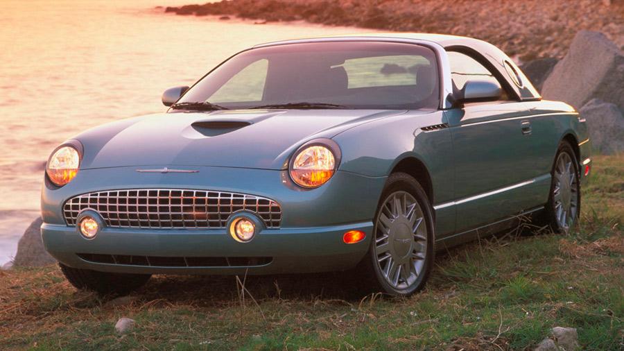 El Ford Thunderbird en venta es considerado un coche legendario y con una gran tradición en el mercado estadounidense