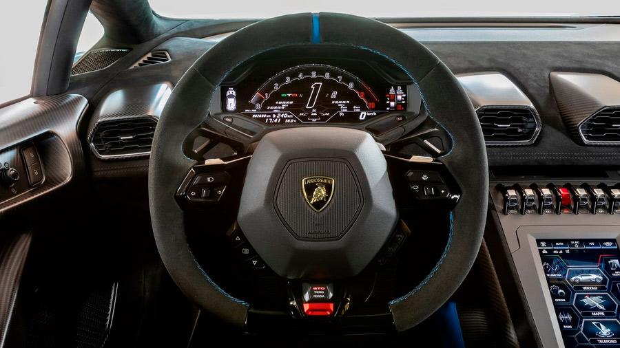 El motor del Lamborghini Huracán precio es un V10 de 5.2 litros