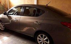 Se pone en venta un Nissan Versa-5