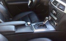 En venta un Mercedes-Benz Clase C 2012 Automático muy bien cuidado-4
