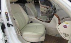 En venta un Mercedes-Benz Clase E 2006 Automático muy bien cuidado-4