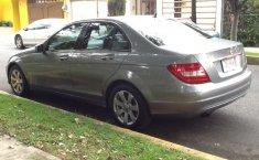 Pongo a la venta un Mercedes-Benz Clase C en excelente condicción-10