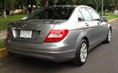 Pongo a la venta un Mercedes-Benz Clase C en excelente condicción-9
