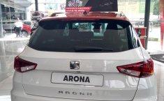 Seat Arona Excellence 2018 agencia, Arrendamiento puro 100%-5