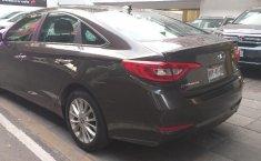 Quiero vender un Hyundai SONATA usado-8