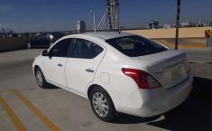 Nissan Versa 2013 Blanco en Puebla-2