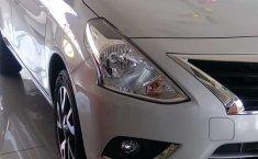 Nissan Versa 2019 Blanco -0