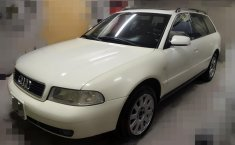 Audi A4 Avant 2000 Color Perla-9