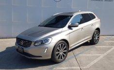 Vendo un carro Volvo XC60 2016 excelente, llámama para verlo-7