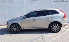 Vendo un carro Volvo XC60 2016 excelente, llámama para verlo-3