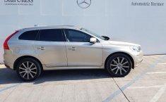Vendo un carro Volvo XC60 2016 excelente, llámama para verlo-2