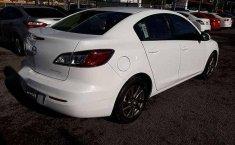 Se vende urgemente Mazda 3 2013 Automático en Guadalajara-1