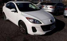 Se vende urgemente Mazda 3 2013 Automático en Guadalajara-3