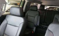 Chevrolet Suburban 2018 en Iztacalco-9