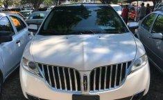 Coche impecable Lincoln MKX con precio asequible-1