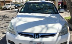 Honda Accord LX SE Impecable-4