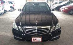 Carro Mercedes-Benz Clase E 2011 de único propietario en buen estado-4